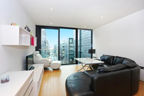 ALTIDO Modern 2bed with free Parking in the iconic Quartermile