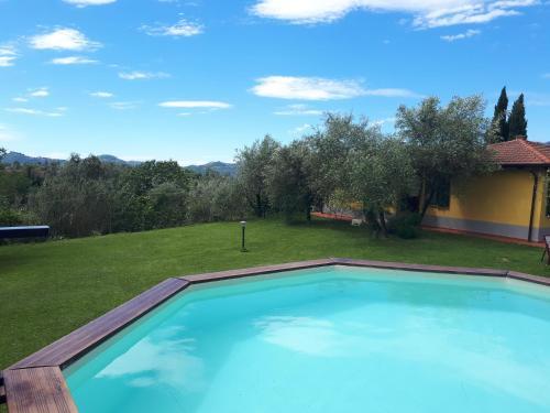Piscina di Residence Montebello o nelle vicinanze