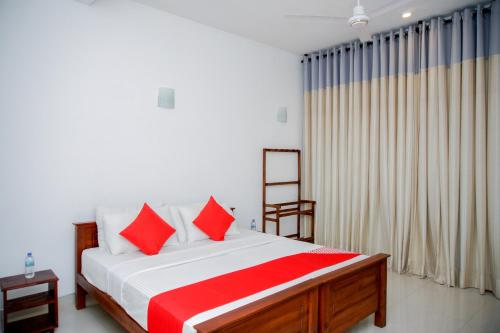 OYO 356 Ayodhya Resortにあるベッド
