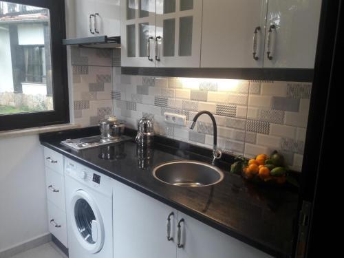 A kitchen or kitchenette at Anatolia Resort