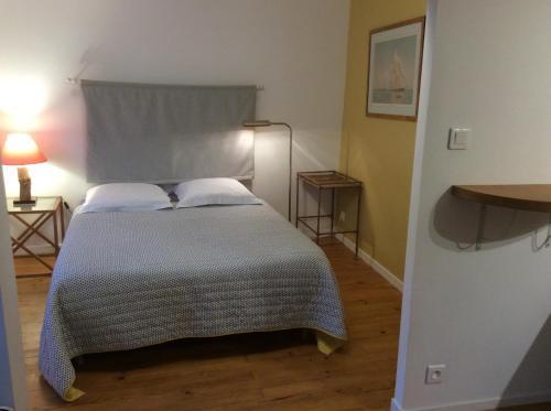Un ou plusieurs lits dans un hébergement de l'établissement La Terrasse, Centre St-Antonin
