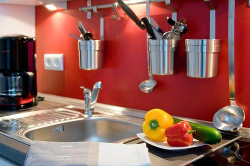 Küche/Küchenzeile in der Unterkunft Boardinghaus Weinberg Campus