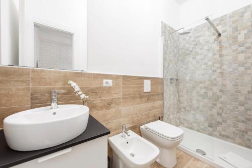 Salle de bains dans l'établissement Black Rooms Colosseo