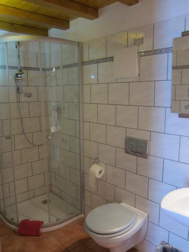 חדר רחצה ב-Gästehaus Parkblick