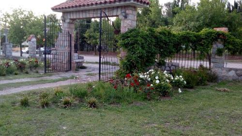 Un jardín fuera de Villa Camila