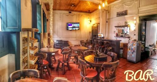 Um restaurante ou outro lugar para comer em Hostal Sue Candelaria