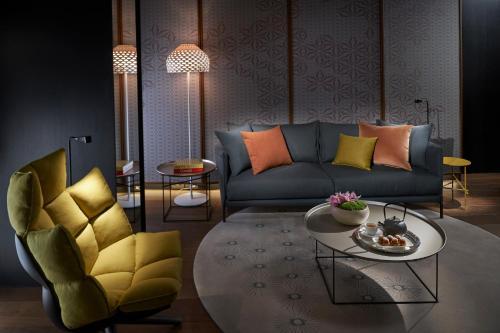 A seating area at Mandarin Oriental Barcelona