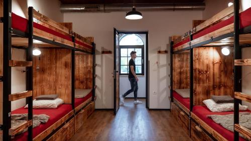 Un ou plusieurs lits superposés dans un hébergement de l'établissement Turn Hostel