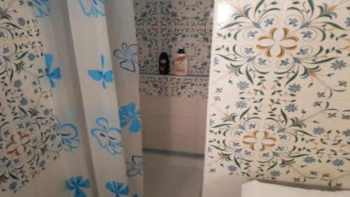 A bathroom at Domino House Sorrento Center