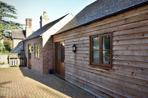 Shropshire Cottage, 2 bedrooms, sleeps 3