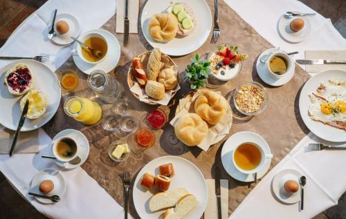 Frühstücksoptionen für Gäste der Unterkunft Hotel Kögele