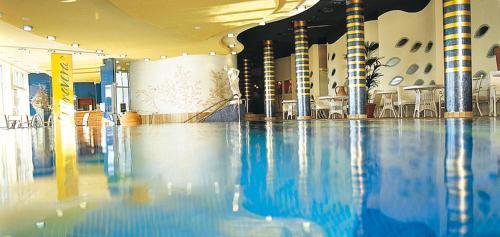 Swimmingpoolen hos eller tæt på Vitalia Seehotel