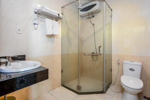 Phòng tắm tại Bay Sydney Hotel