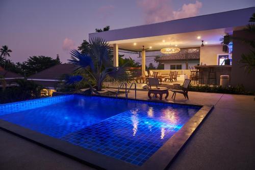 Piscine de l'établissement Baan Sawan Samui Resort ou située à proximité