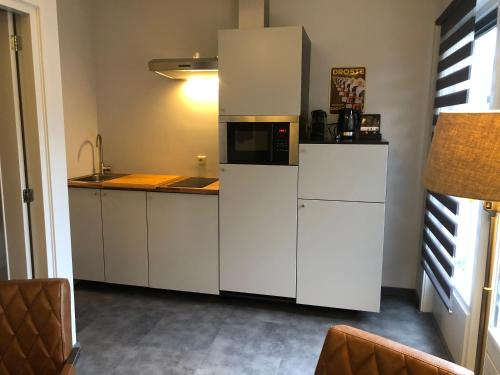 A kitchen or kitchenette at Appartement Droste