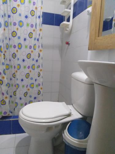 A bathroom at Hostel Blue Sea Rincon del Mar