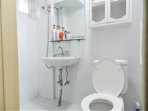 A bathroom at Safestay Nodeul