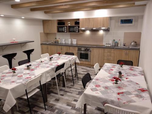 Restaurace v ubytování Prázdninový dům Na Panorámě