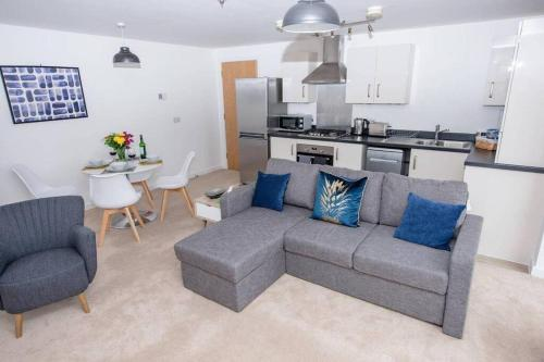 Hereward Tower Central Apartment - Free Parking - Lift Access - Self Check in