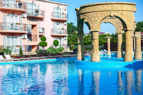 Бассейн в Alean Family Resort & SPA Riviera 4* Ultra All Inclusive или поблизости