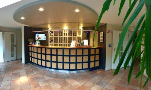 Lobby/Rezeption in der Unterkunft Hotel ARTE Schwerin