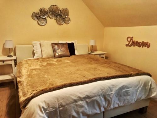 Een bed of bedden in een kamer bij B&B Madoli