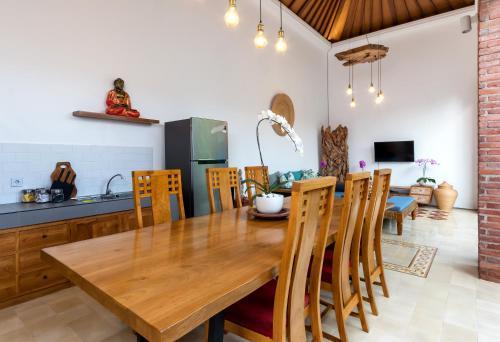 A kitchen or kitchenette at Bijia Villa 3BR w Private Pool - Peaceful Quiet Luxury Villa - Near Monkey Forest