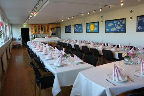 En restaurant eller et spisested på Elton Hotel