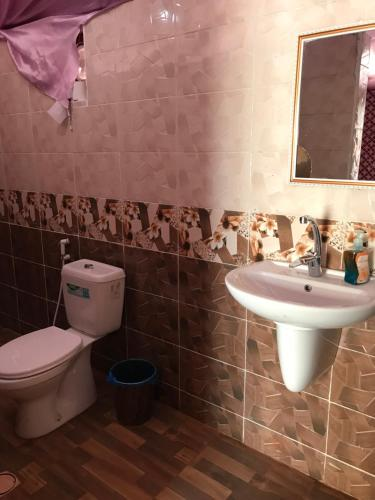 A bathroom at Jamal Rum Camp