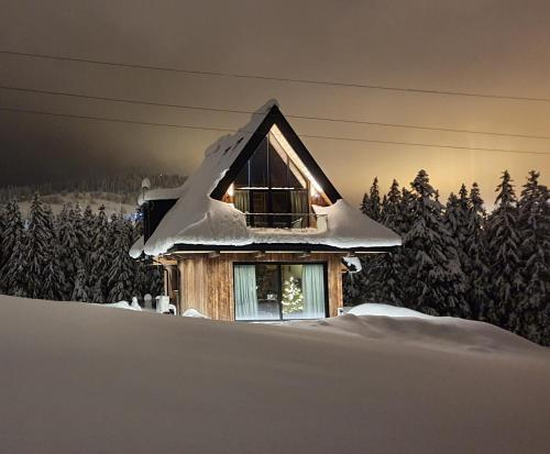 Sywarne Chalet during the winter