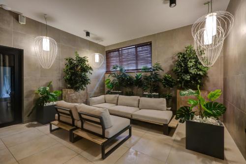 Hol lub recepcja w obiekcie Hotel Afrodyta Business & Spa
