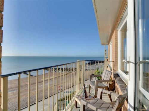 Cosy apartment near Brighton with seaview