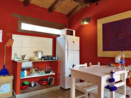 Una cocina o kitchenette en Las Vicuñas Departamentos