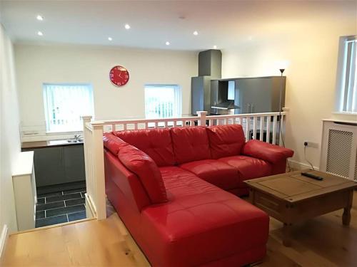 2 Bedroom Modern Apartment, Uplands, Swansea