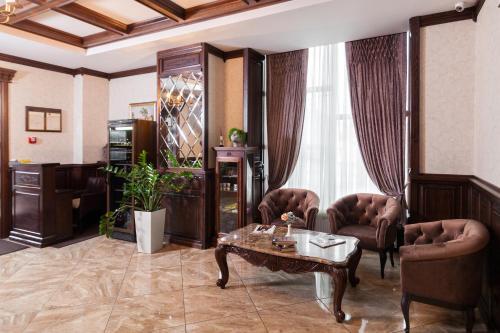 The lobby or reception area at Avalon Palace