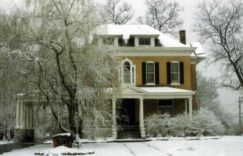 Beall Mansion An Elegant Bed & Breakfast Inn during the winter