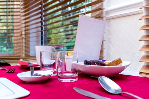 A restaurant or other place to eat at St Marys Guest House