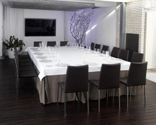 A restaurant or other place to eat at Claris Hotel & Spa GL