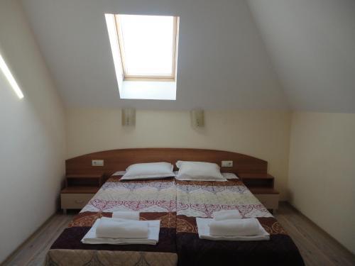 Легло или легла в стая в Семеен хотел Барекс