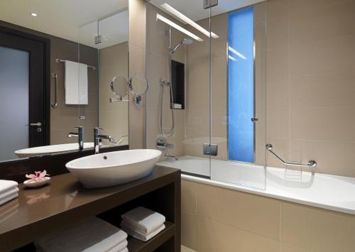 Ванная комната в Гостиница Шератон Палас Москва