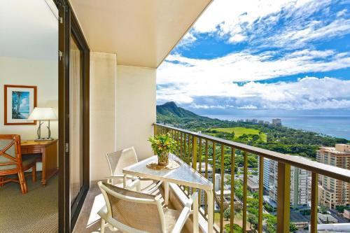 A balcony or terrace at Waikiki Sunset #3708