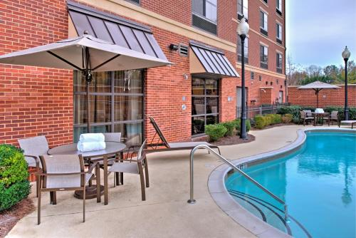 The swimming pool at or near Courtyard Clemson