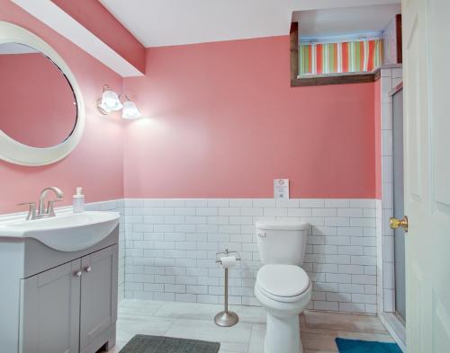 Ванная комната в Indy Hostel