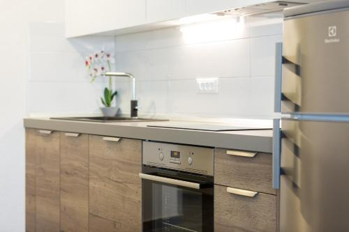 A kitchen or kitchenette at Sedra Home