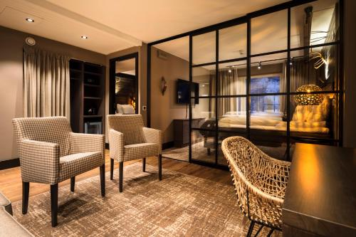 En sittgrupp på Lapland Hotels Sky Ounasvaara