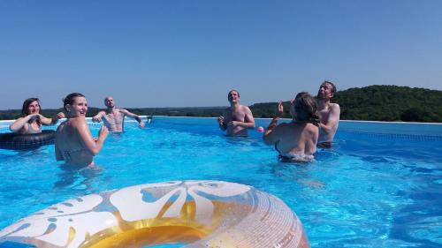 The swimming pool at or near L'Araucaria