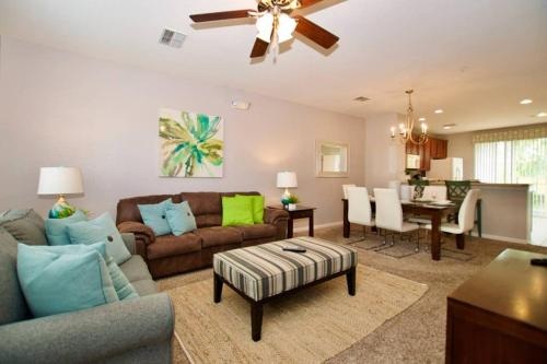 A seating area at Vista Cay Luxury 3 bedroom Townhouse (#3114)