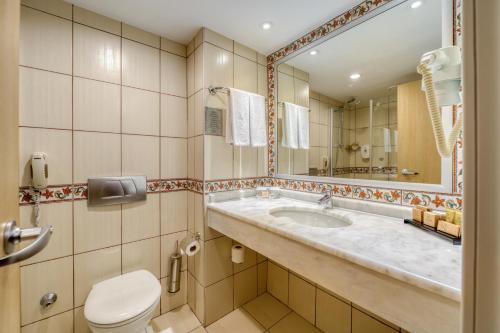 Ванная комната в Seven Seas Hotel Life - Ultra All Inclusive & Kids Concept -Ex Otium Hotel Life-