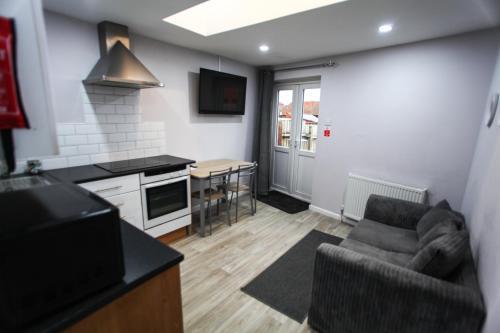 1B Smart Apartments