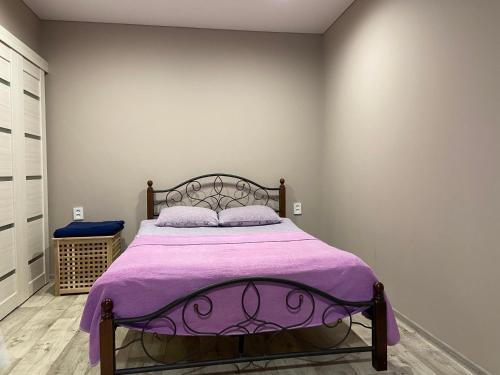 Кровать или кровати в номере Apartment Gulnara